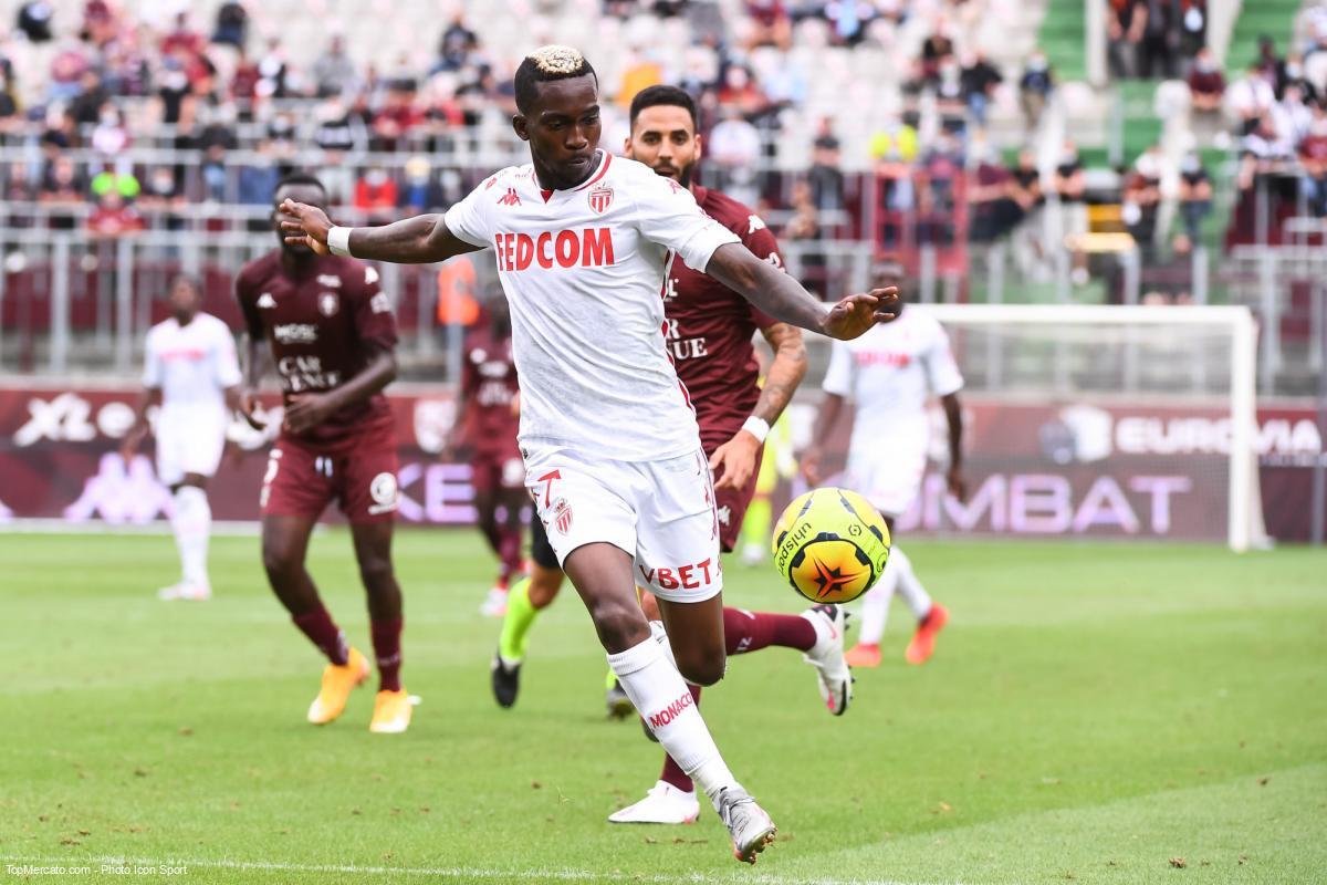 Onyekuru prêté à Galatasaray