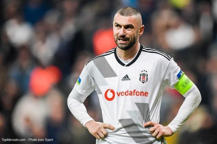 Yilmaz va signer à Lille