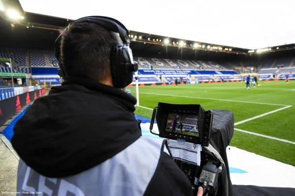Match de foot, Caméra de Télévision