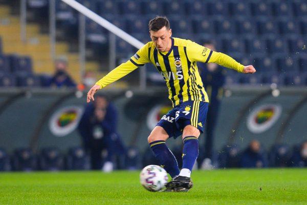 Mesut Özil, Fenerbahçe