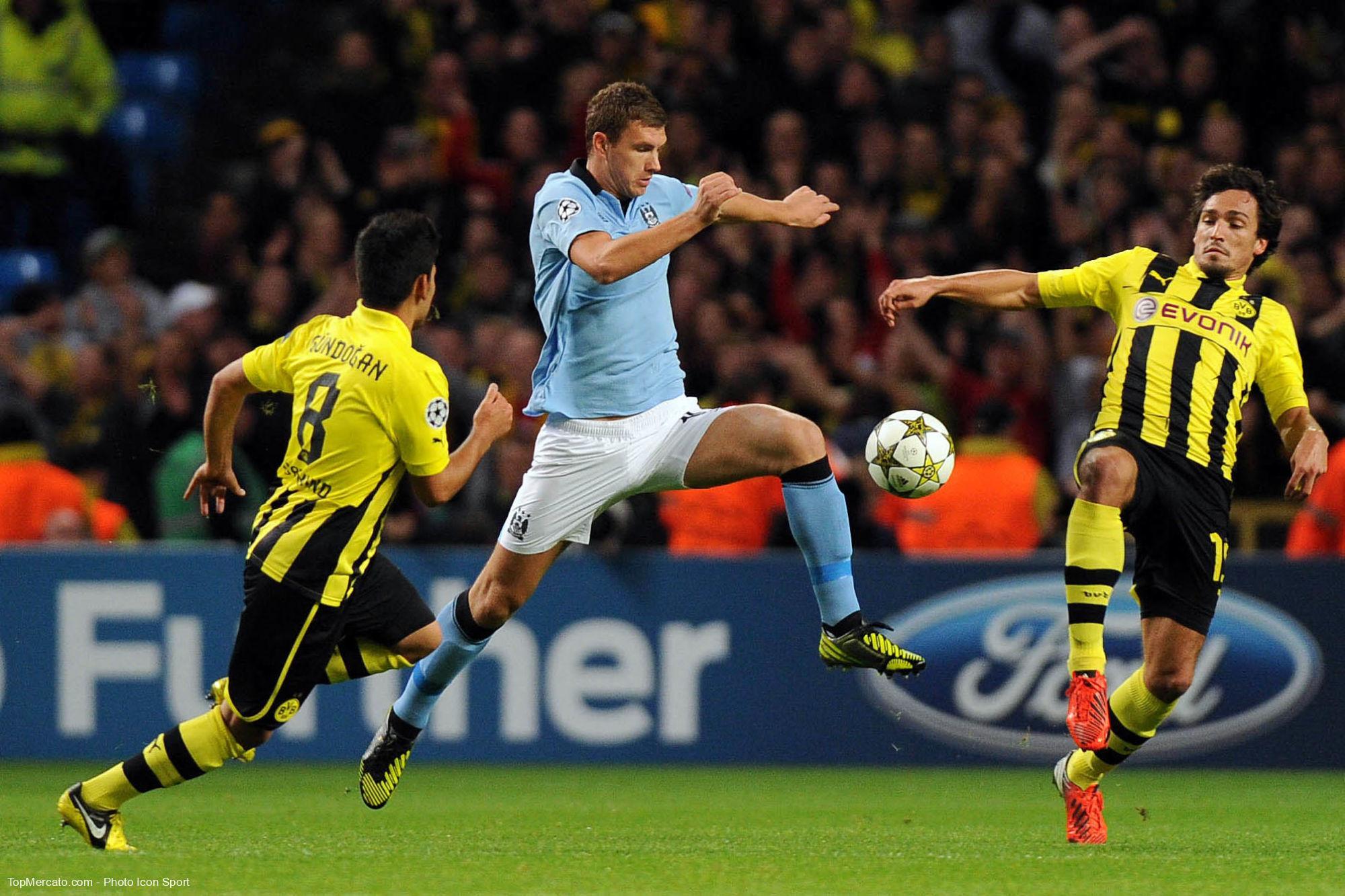 Mats Hummels, Edin Dzeko, Manchester City - Borussia Dortmund