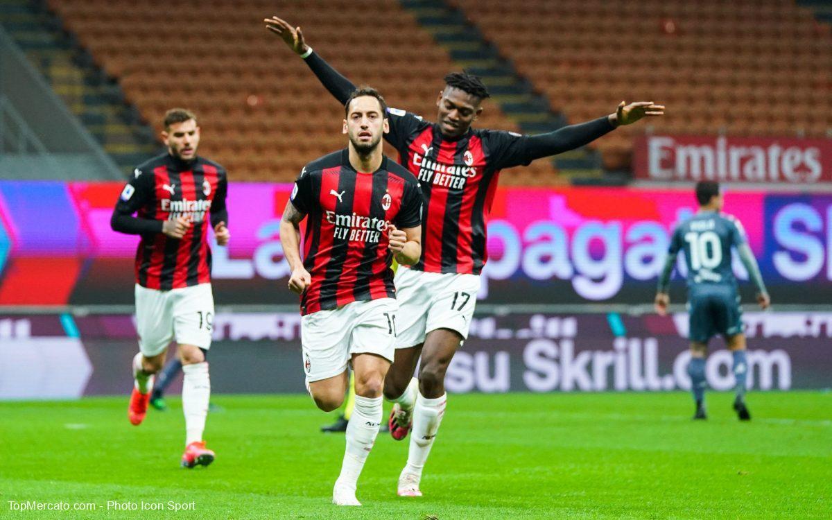 Hakan Calhanoglu, Milan AC-Benevento
