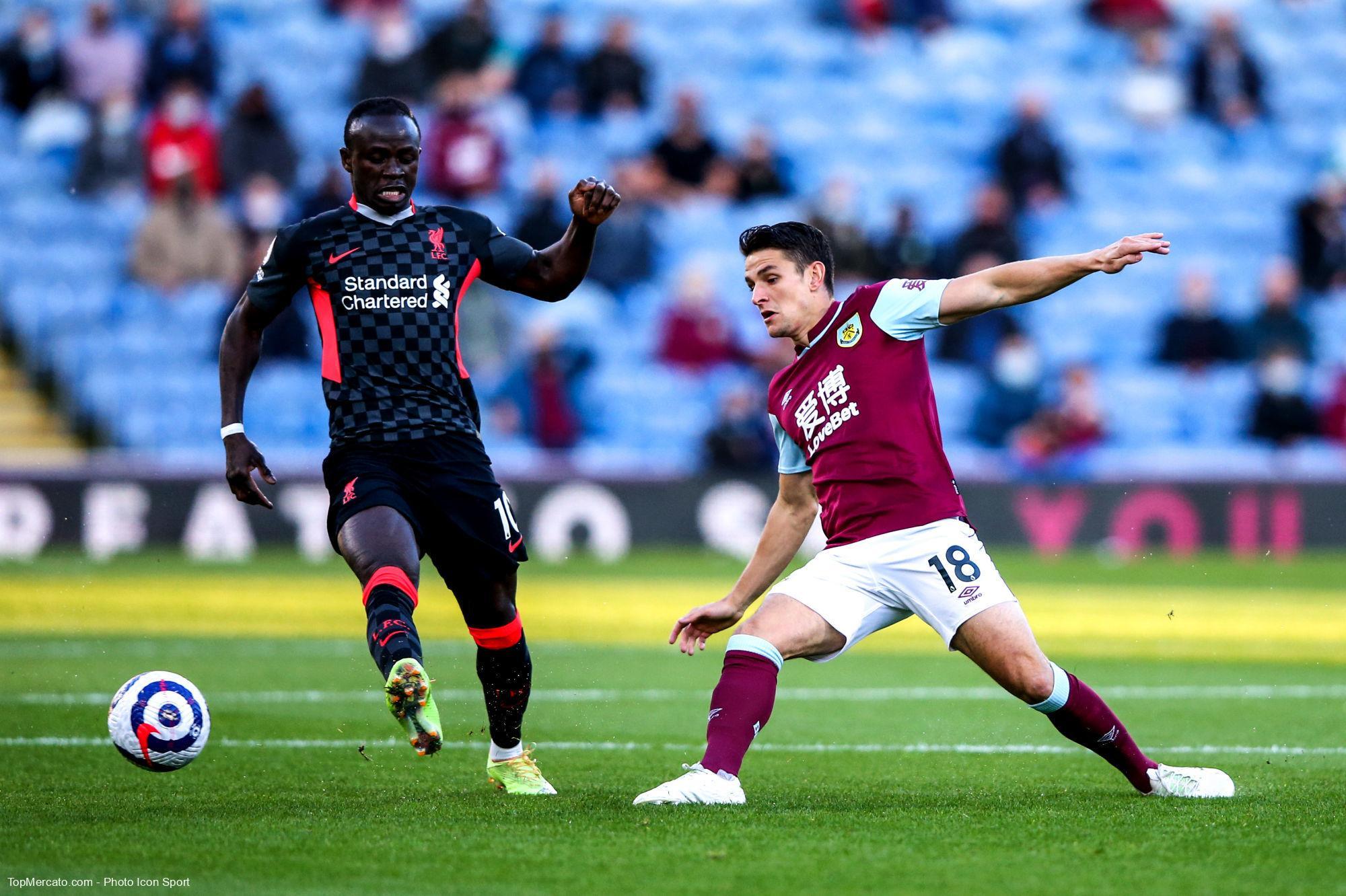 Sadio Mané et Ashley Westwood, Burnley-LFC