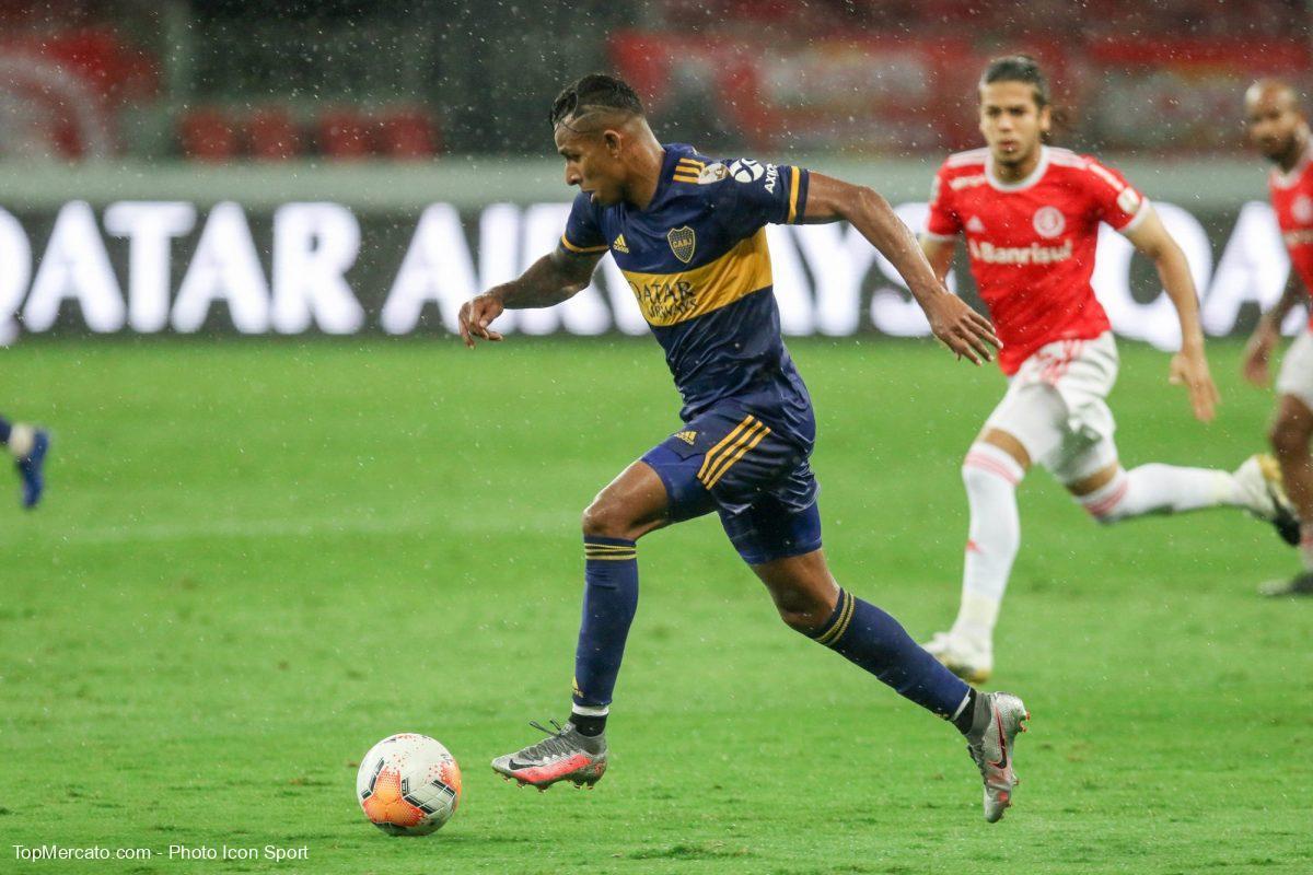 Sebastian Villa, Boca Juniors, Internacional
