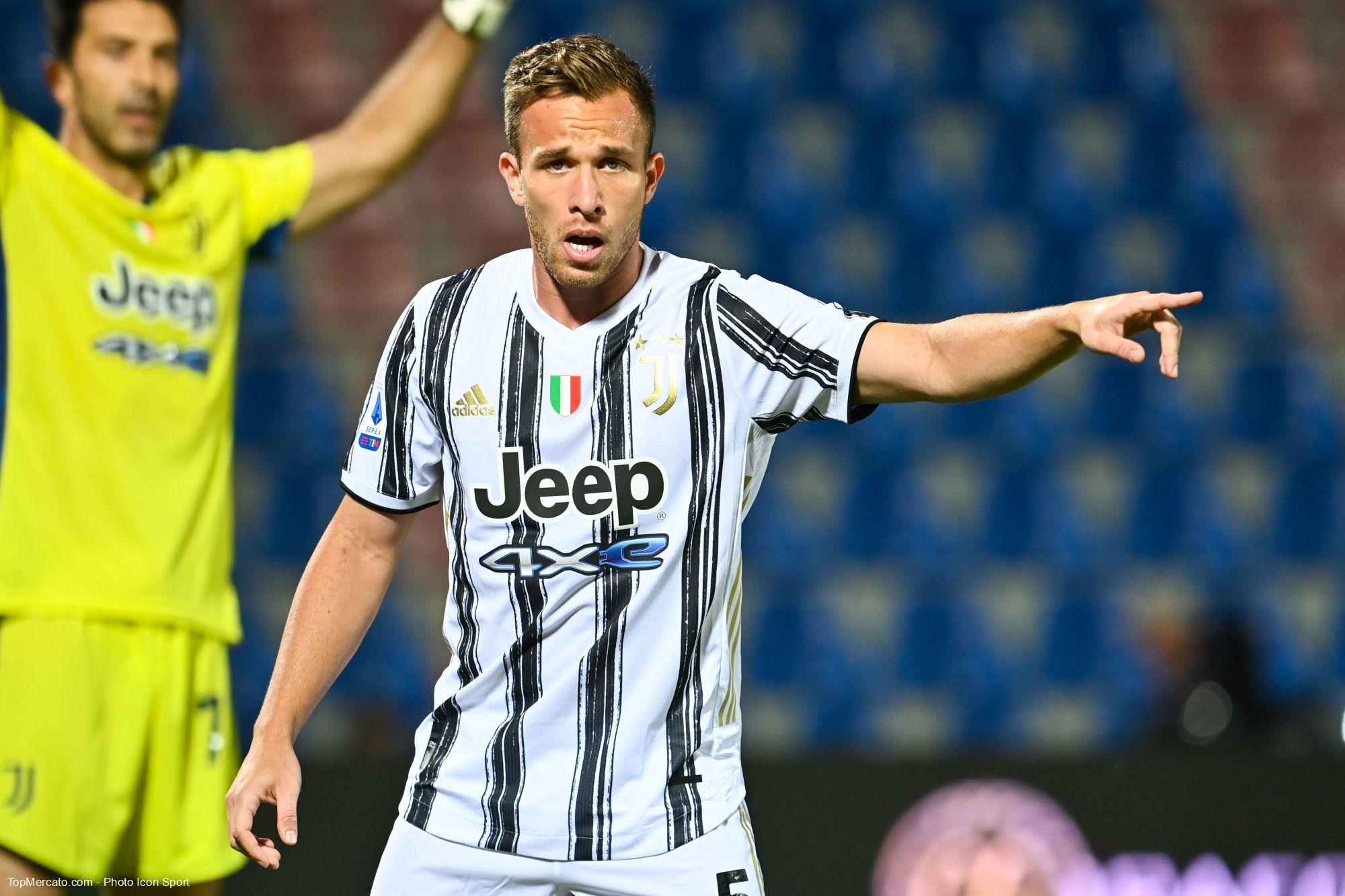Arthur, Juventus de Turin