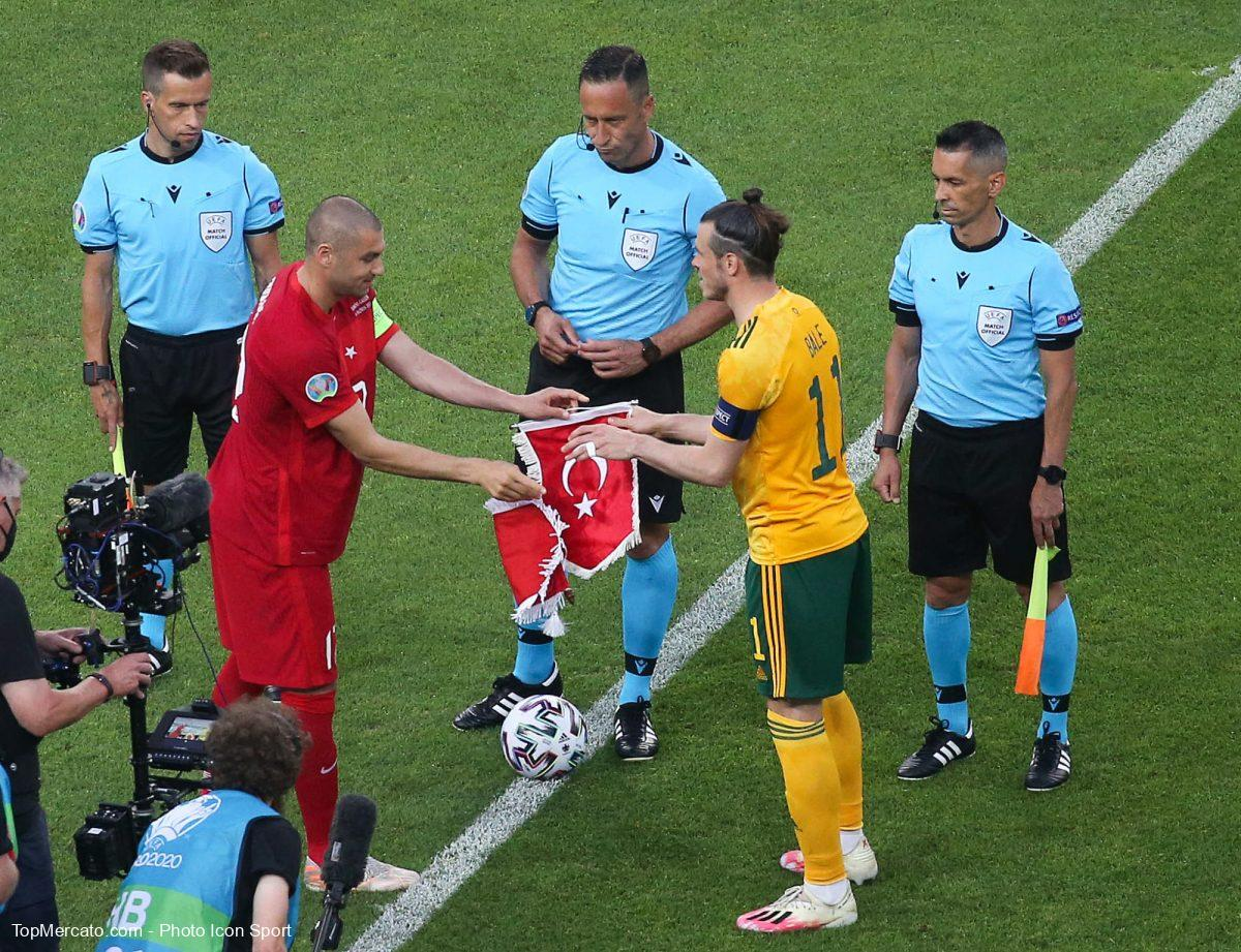 Burak Yilmaz et Gareth Bale, Pays de Galles-Turquie