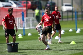Gareth Bale, Pays de Galles