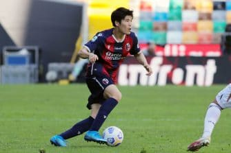 Takehiro Tomiyasu, Bologne