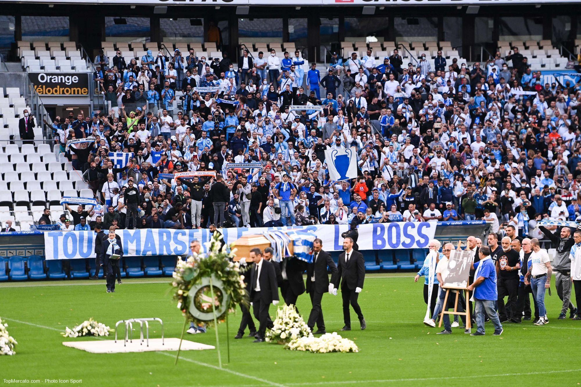 OM : de nouveaux hommages prévus pour Bernard Tapie