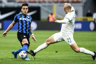 Lautaro Martinez et Vlad Chiriches, match Inter Milan - Sassuolo