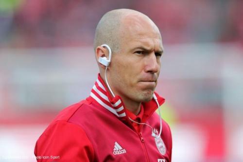 Robben n'exclut pas de prendre sa retraite